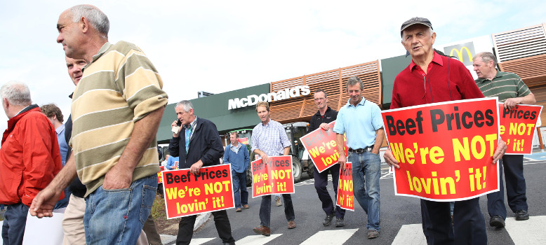 'We're not lovin' it', beef farmers say at McDonald's protest
