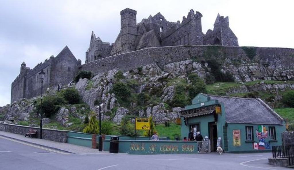 Scaffolding to be removed from Rock of Cashel