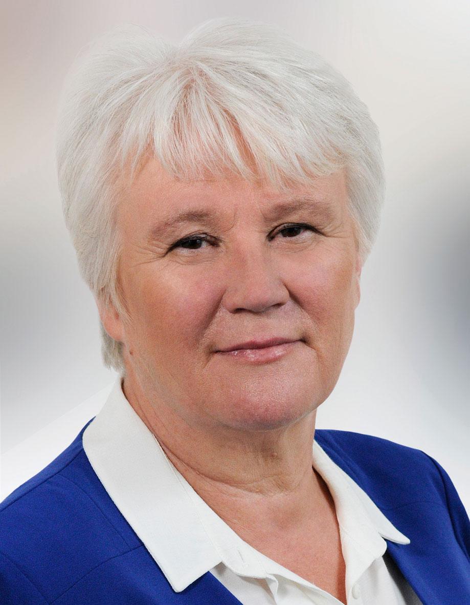 Minister Byrne welcomes international interest in Ireland's Active School Flag Programme